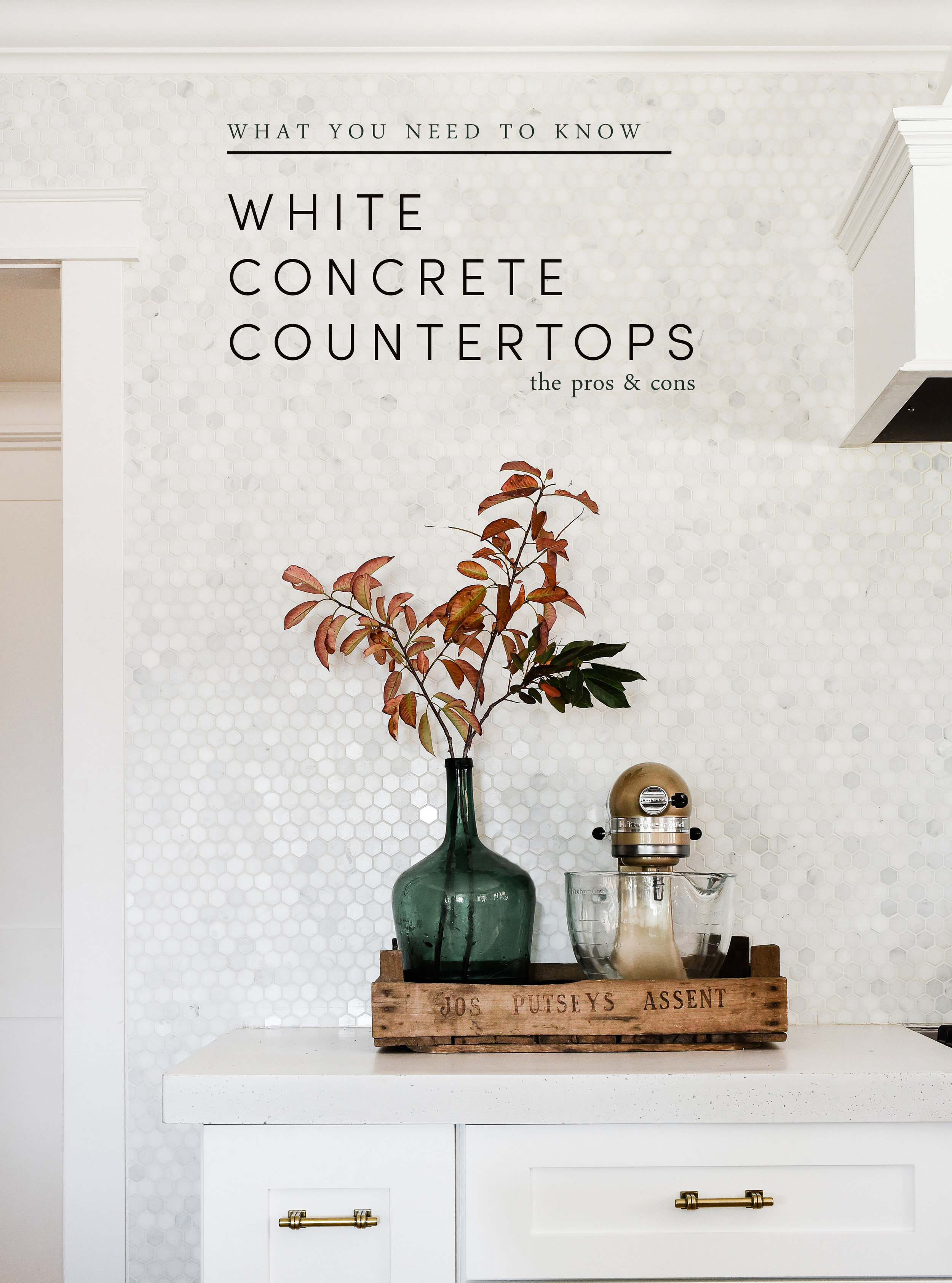 4 things you must know before pouring white concrete countertops in your home! #concretecountertops #farmhousekitchen