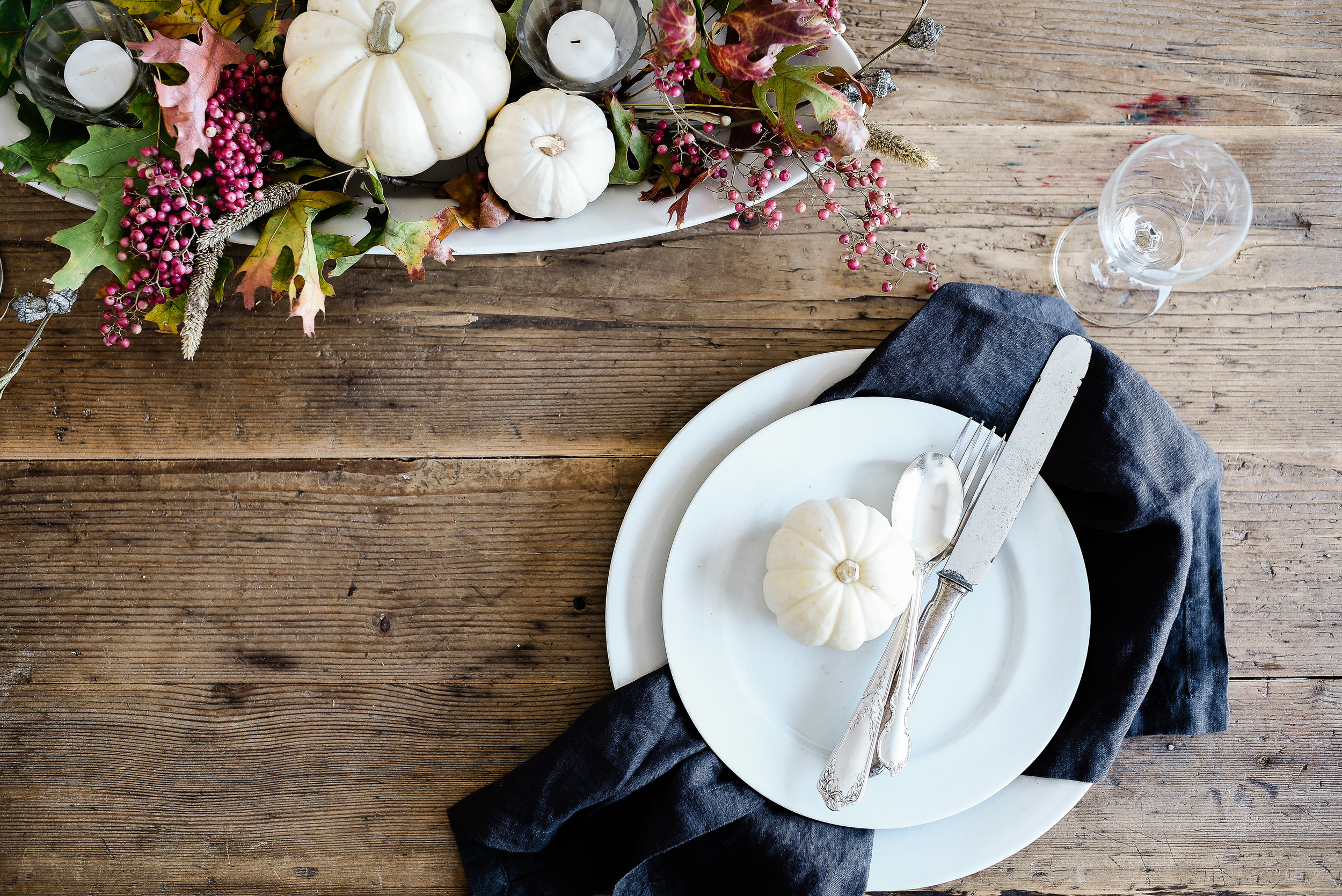Vintage French inspired Thanksgiving tablescape from Boxwood Avenue #thanksgivingdecor #thanksgivingtablescape