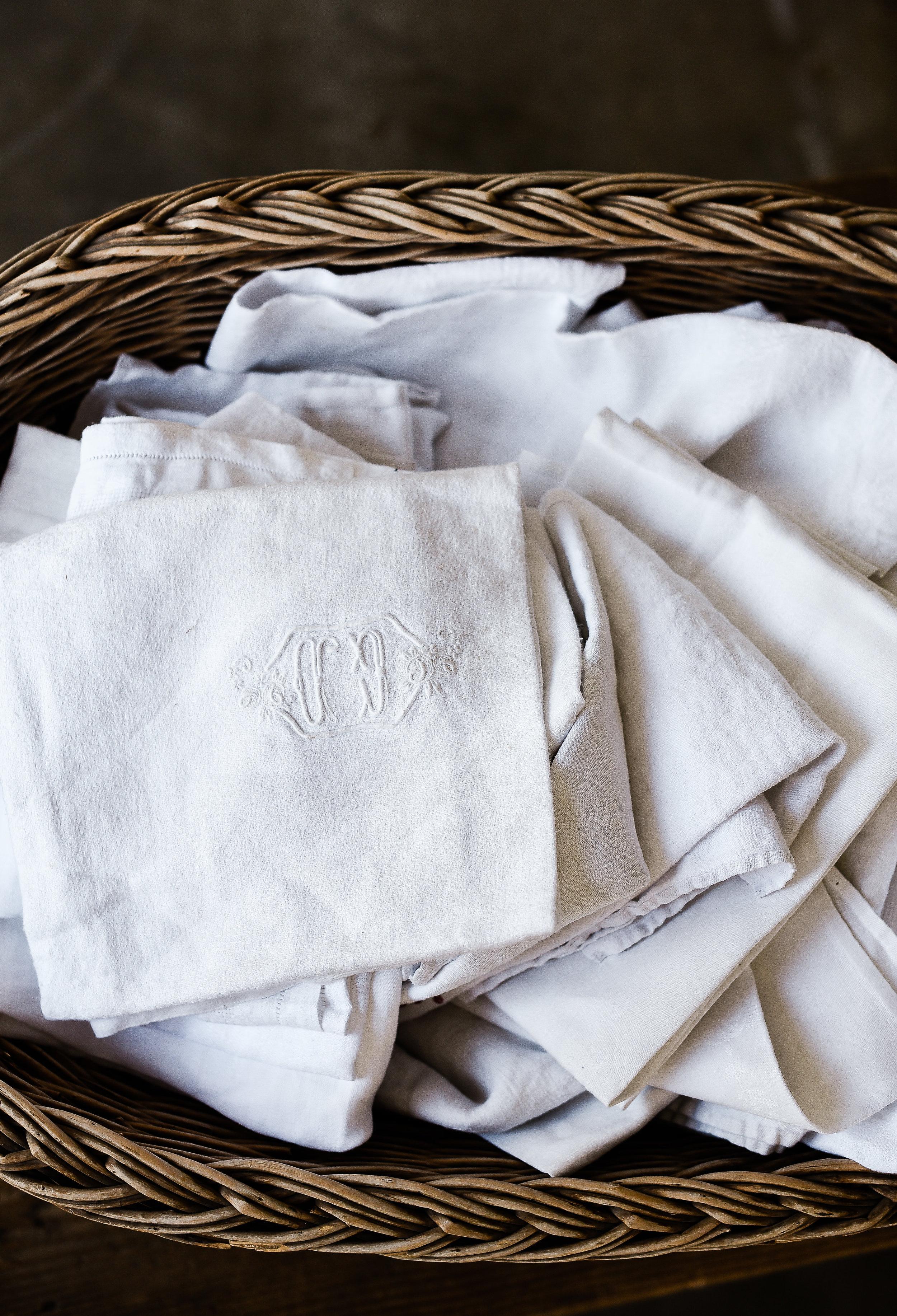 Monogramed linen French vintage napkins