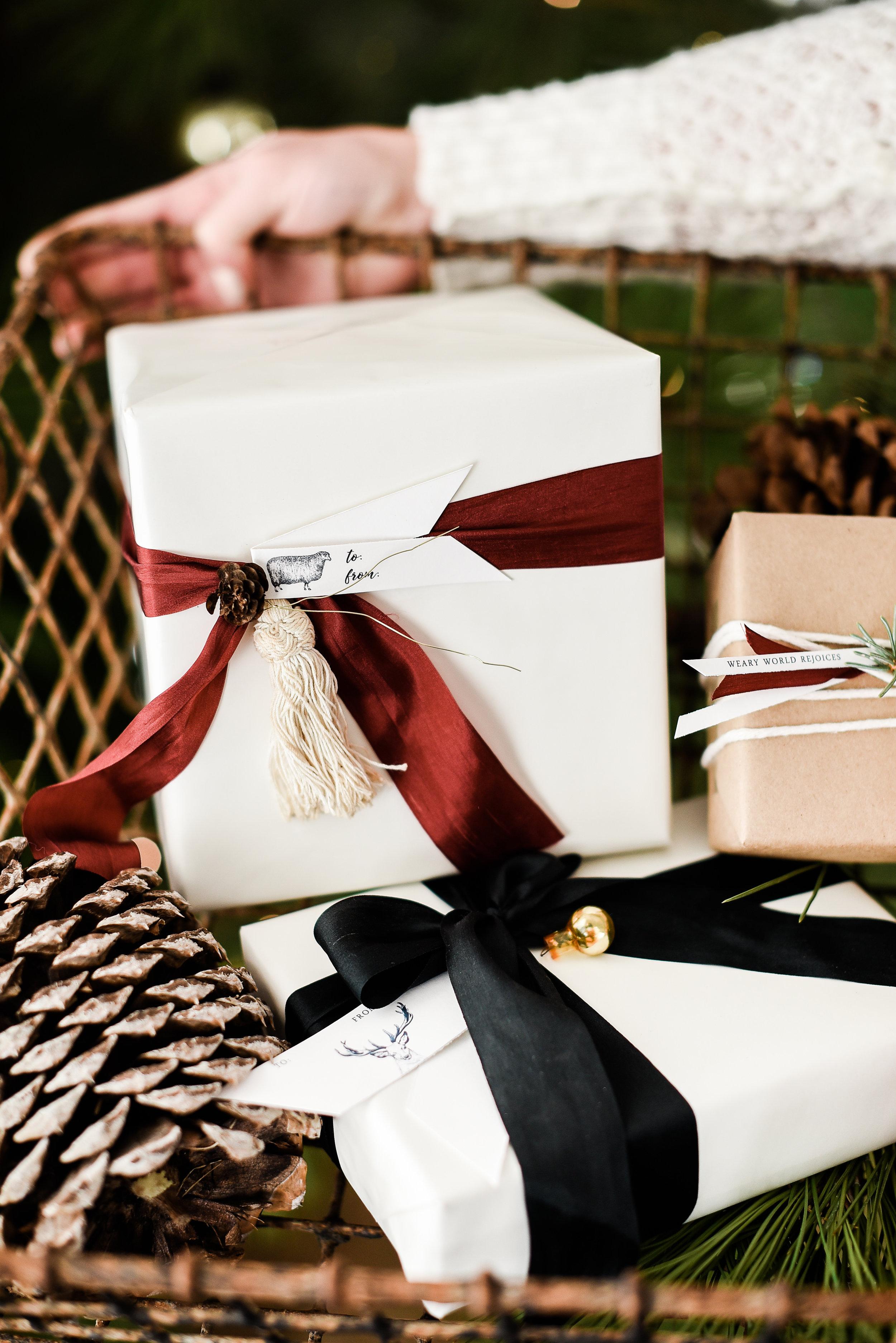 Beautiful free Christmas gift tags with tons of other free Christmas printables. | boxwoodavenue.com #christmasdecor #christmaswrappingideas