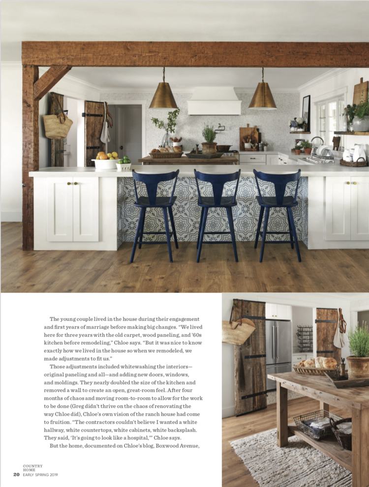 Farmhouse kitchen design with wood island and beam white shaker cabinets and French range with patterned backsplash | #farmhousekitchen #farmhousedecor