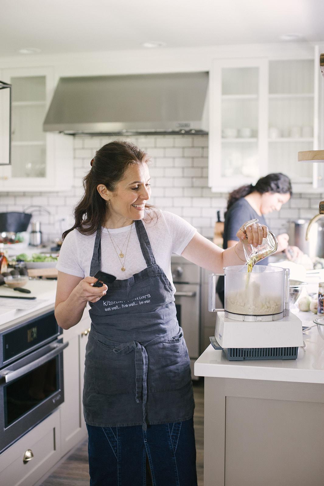 Cooking with Pamela Salzman at Folded Hills celebrating Pacific Natural by Jenni Kayne
