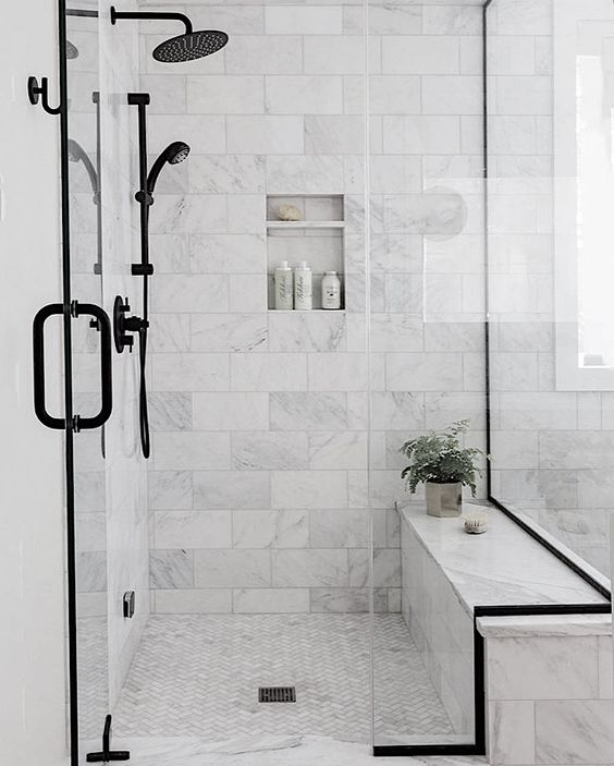 Marble bathroom inspiration by Kristal Kelly Design ( https://www.instagram.com/kristalkellydesign/ )