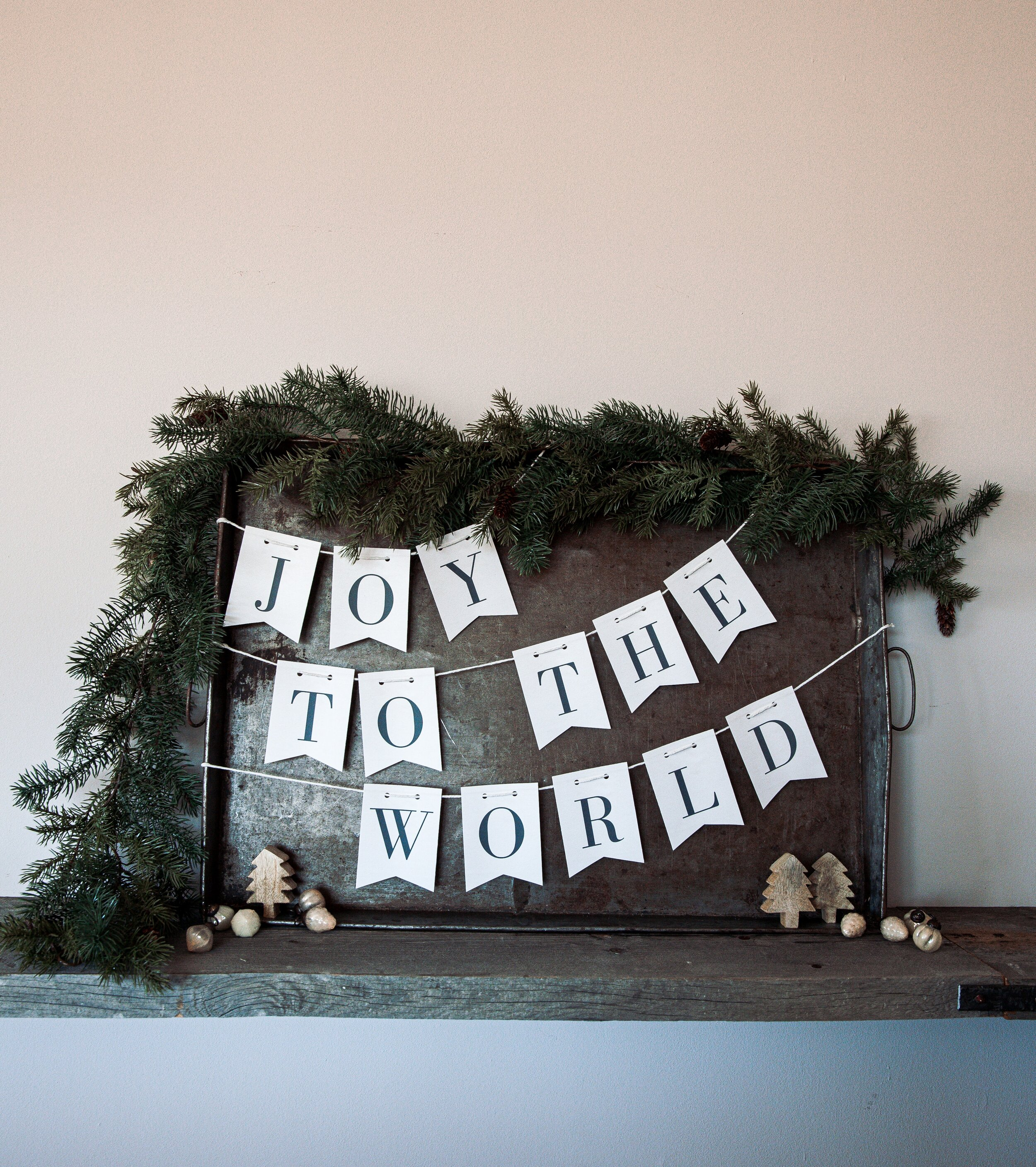 Free Christmas Printable Banner Includes All Letters