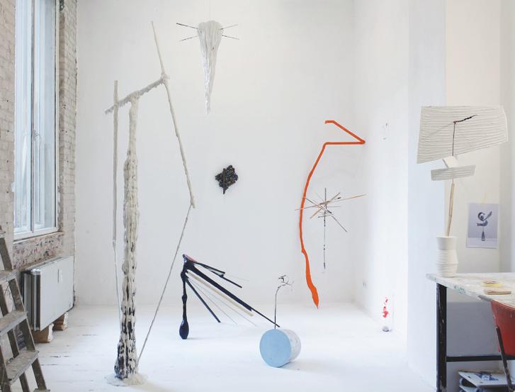 Kristina Berning, Camouflage / Gefärbter Gips, Farbe, Stahl, Aluminium, Farbe / h 62 cm, 2016