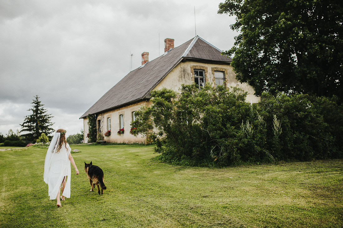 latviskas-kazas-latvian-wedding-ogres-baznica_0013.jpg