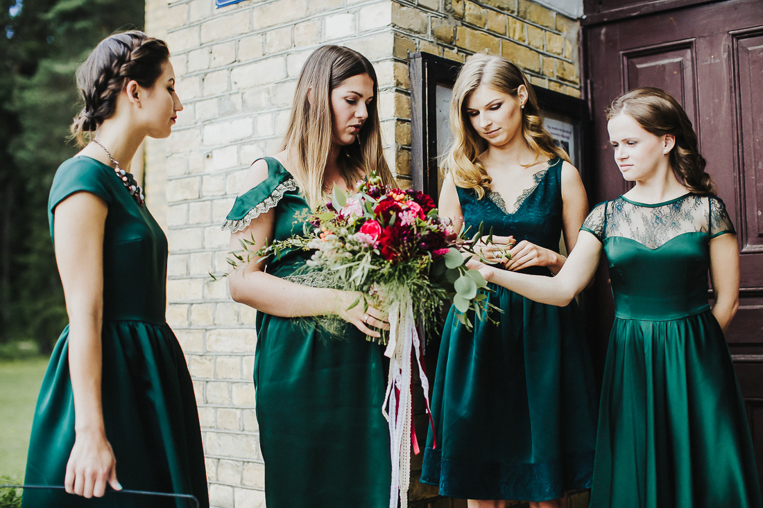 latviskas-kazas-latvian-wedding-ogres-baznica_0021.jpg