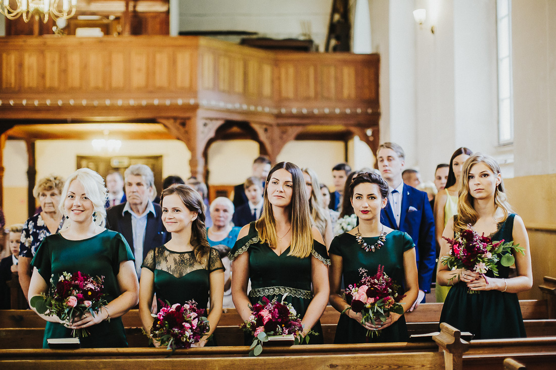 latviskas-kazas-latvian-wedding-ogres-baznica_0027.jpg