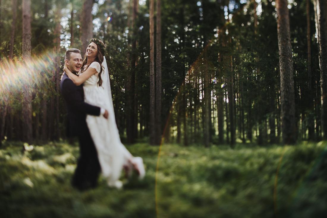 latviskas-kazas-latvian-wedding-ogres-baznica_0047.jpg