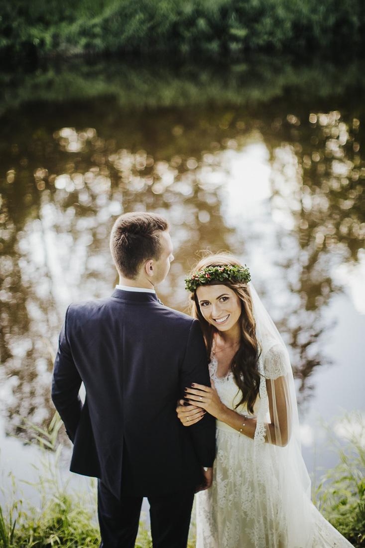 latviskas-kazas-latvian-wedding-ogres-baznica_0052.jpg