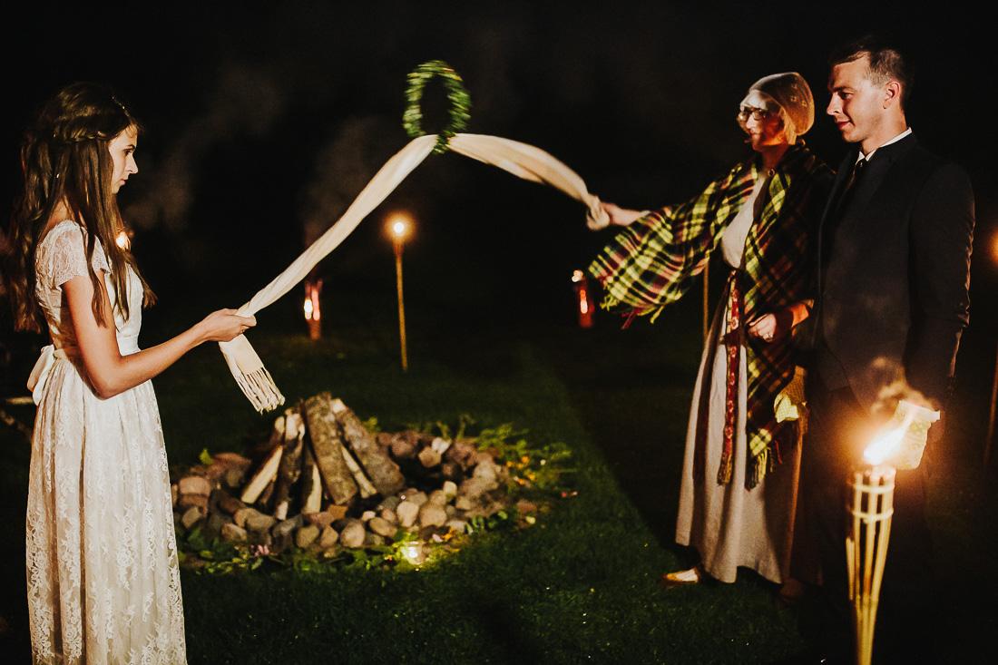 latviskas-kazas-latvian-wedding-ogres-baznica_0085.jpg