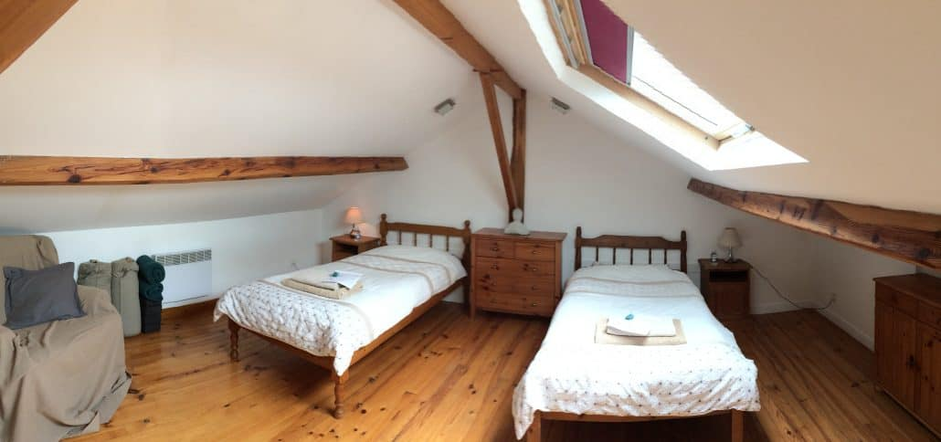 twin room in la maison.jpg
