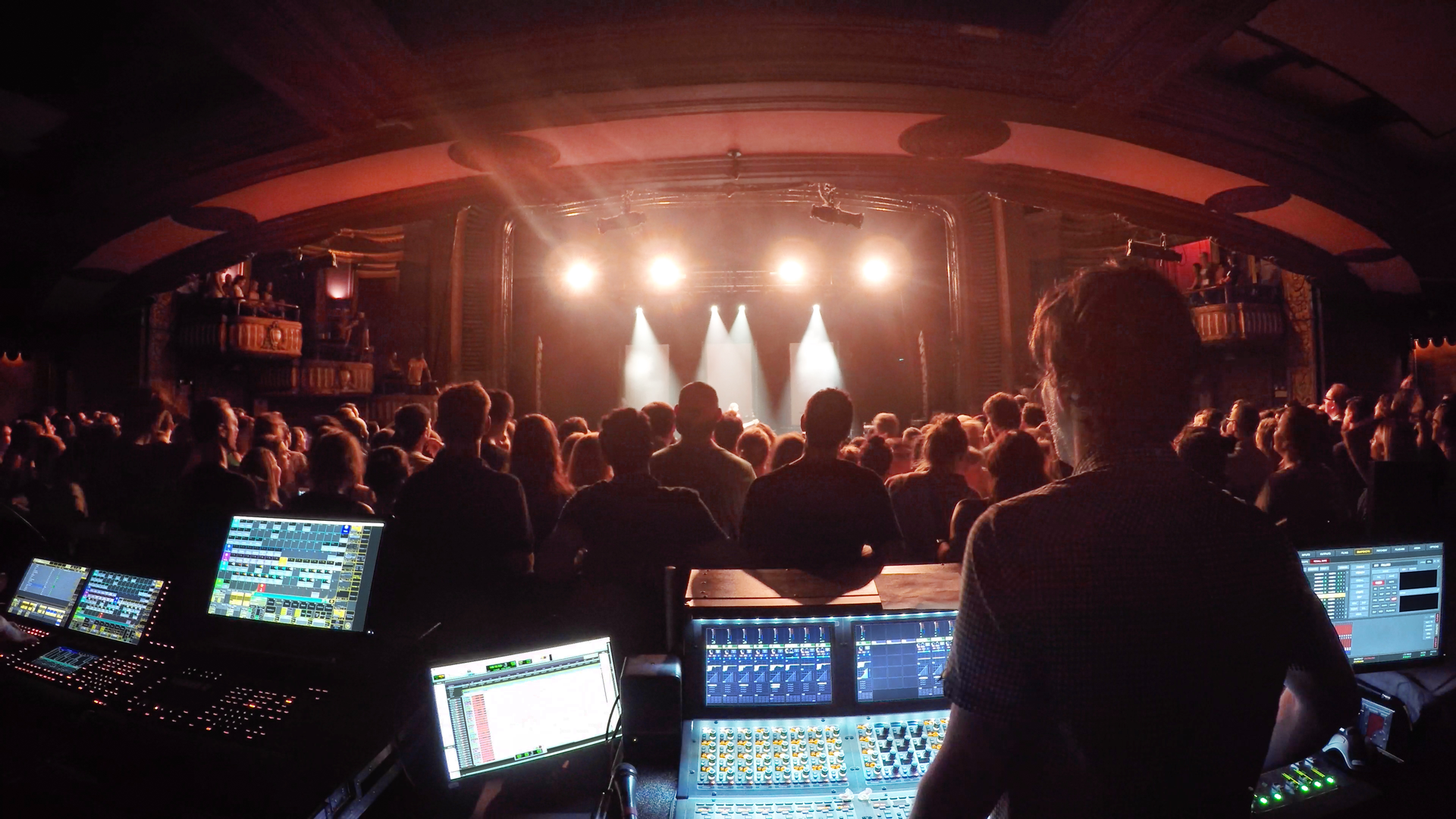 Vic Theater Live Sound Tour -FOH audio training.png