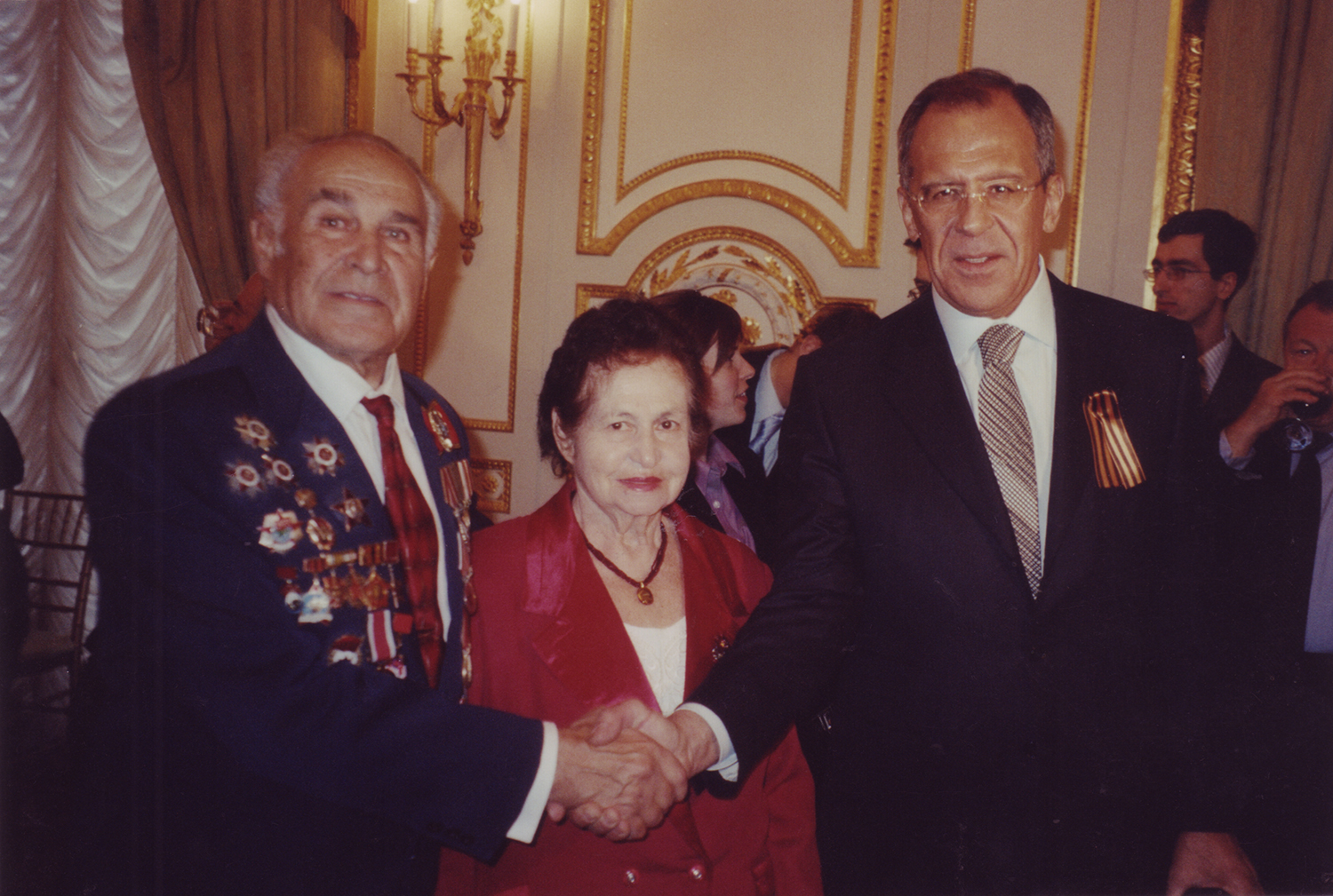 Leonid Rozenberg with his wife Fanya and Russian Foreign Minister Sergey Lavrov