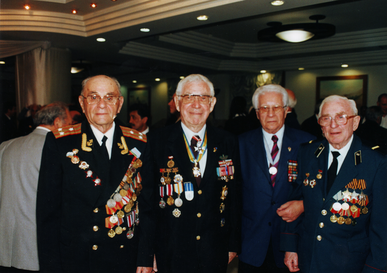 Yagel, second from left, President of the Israel Association of Disabled Veterans