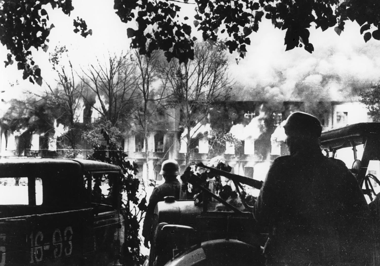 German advance, 1941. Photographer unknown, AP.