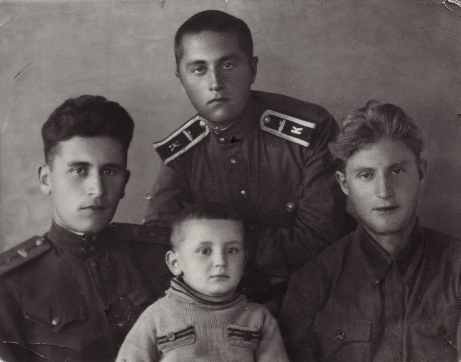 Brother Boris, Yakov and Semyon Kofman fought in the war; Yakov died at the front.