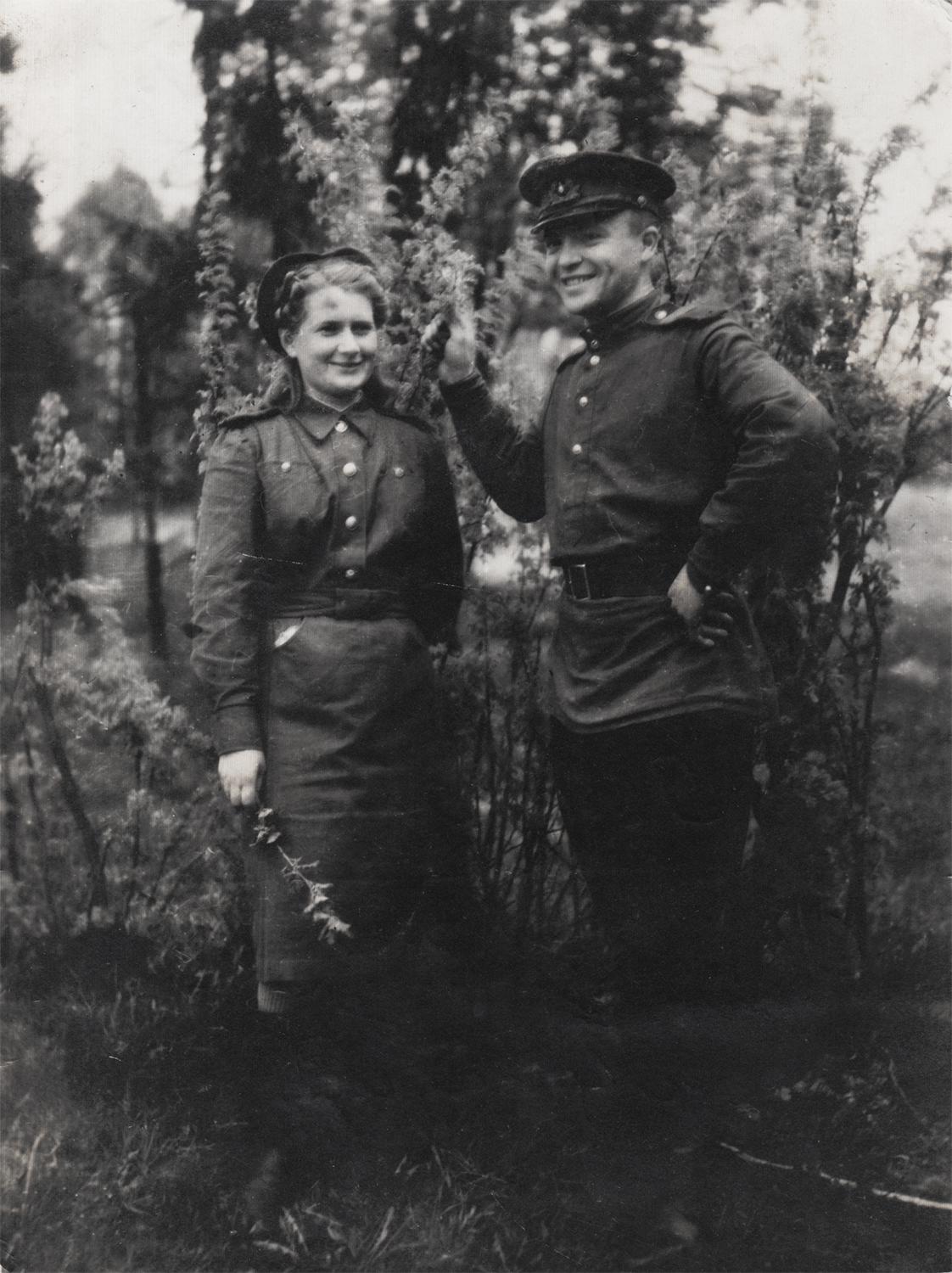 """Photograph sent from Ari Gittentog to his sister: """"To my beloved sister and her family, may this moment be remembered. From your brother Arkady on this greatest day of world-wide celebration. May 9, 1945. Happy Victory!""""."""