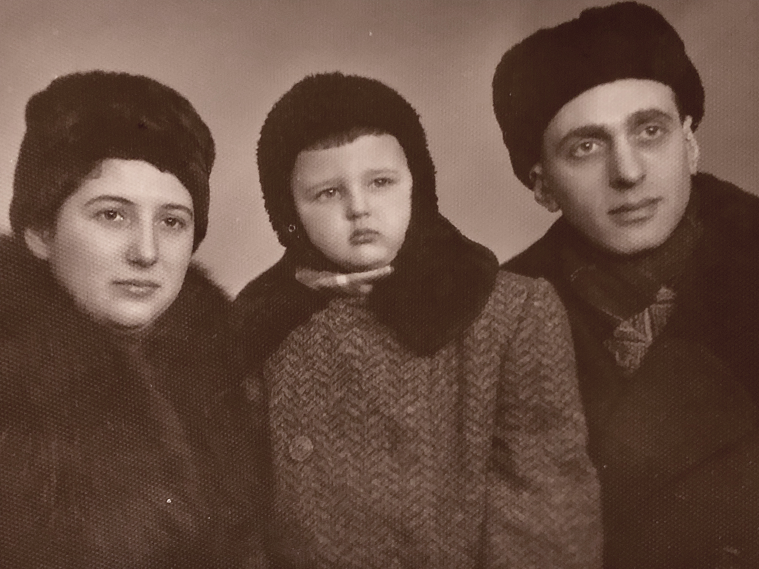 Yulia and Gennady Shikhelman with their son Gregory. Odesa, 1954