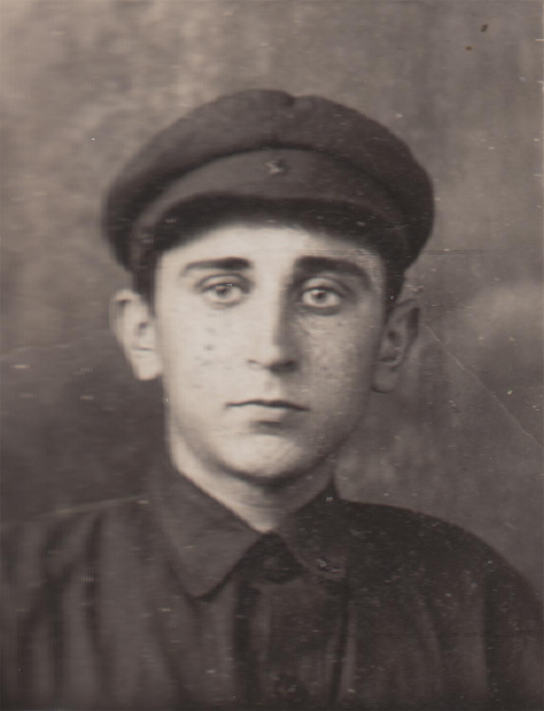 Yuliy Pinsky. Kyiv, Ukraine, 1940