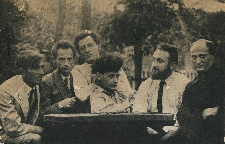 Peretz Markish with Yiddish literary group near Warsaw, 1922