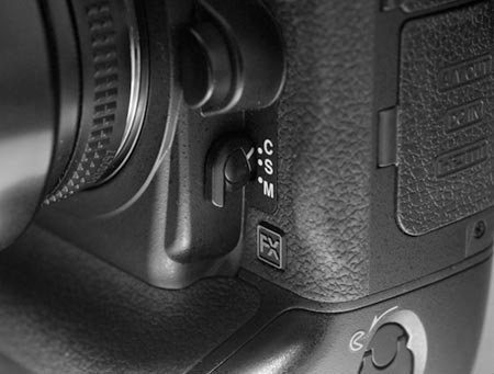 Front Focus Mode Switch