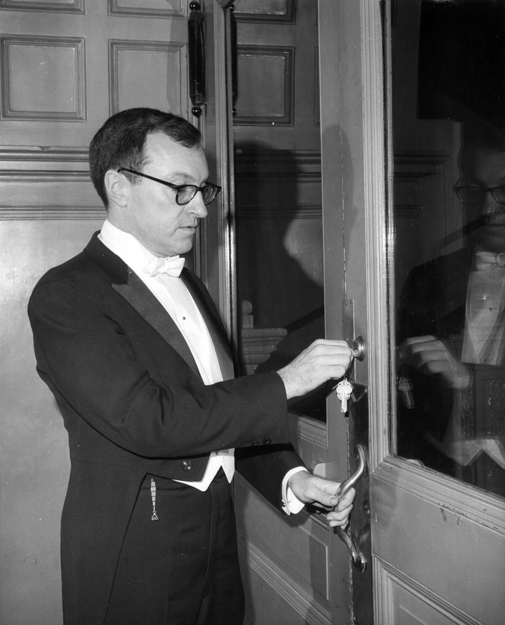 Alfred Hubay locks the doors on the Metropolitan Opera