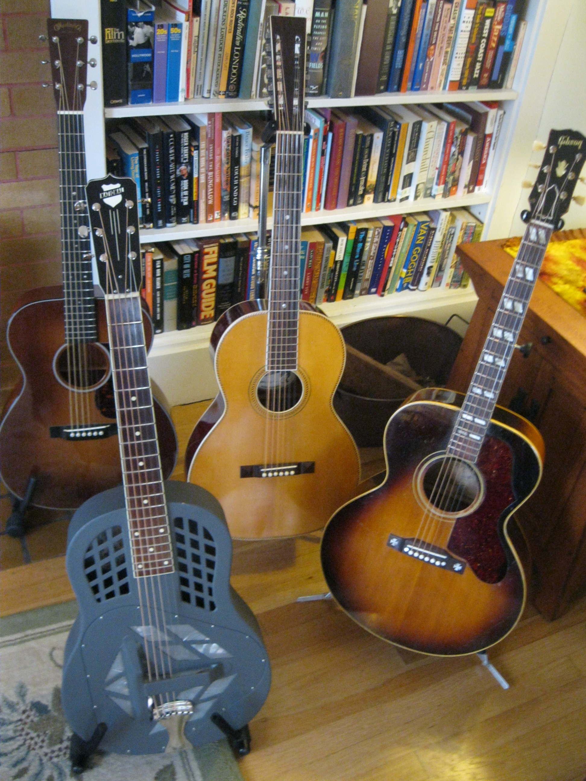 Martin 000-18 GE, National   Tricone, Fraulini Angelina, vintage 1952 Gibson J-185 .