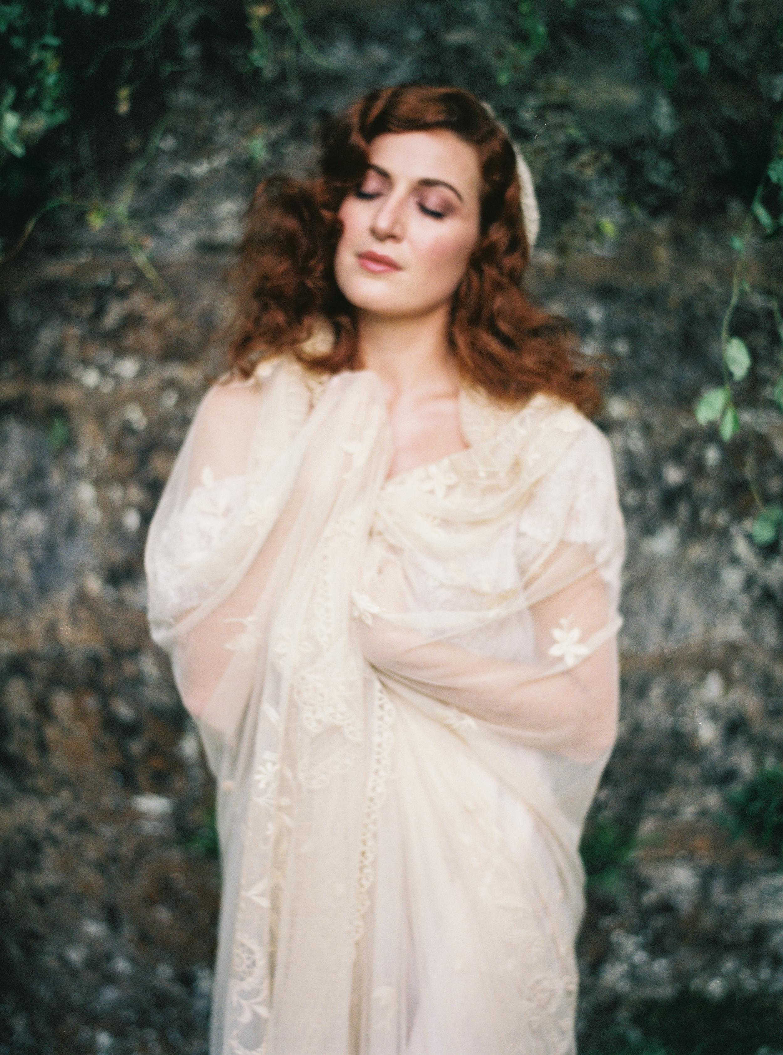 Photo by Tamara Gigola. European Workshop by Ginny Au. Inspirational bridal shoot. Dress by Gossamer Vintage.