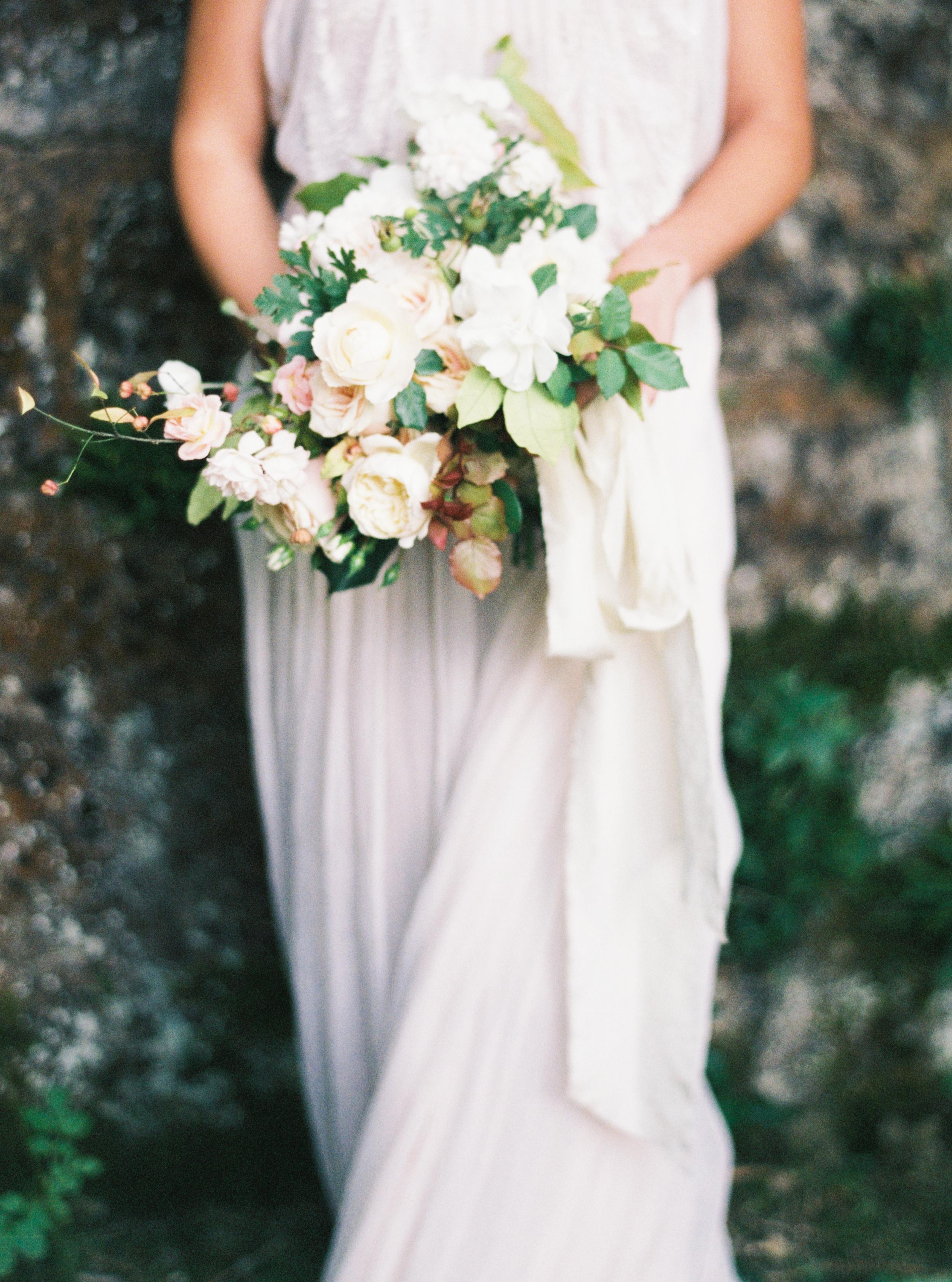 Photo by Tamara Gigola. European Workshop by Ginny Au. Inspirational bridal shoot. Flowers by Sara Winward, dress by Gossamer Vintage.