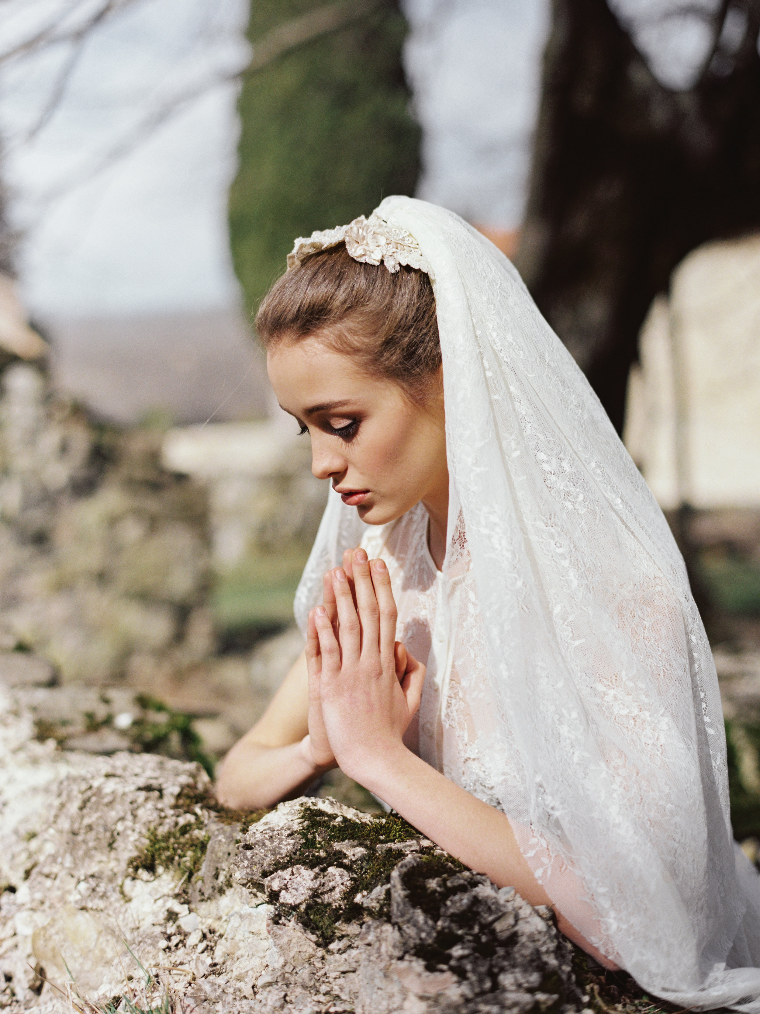 TamaraGigolaphotography,Cathytelle,royalweddingdress,kakheti-0028-5.JPG