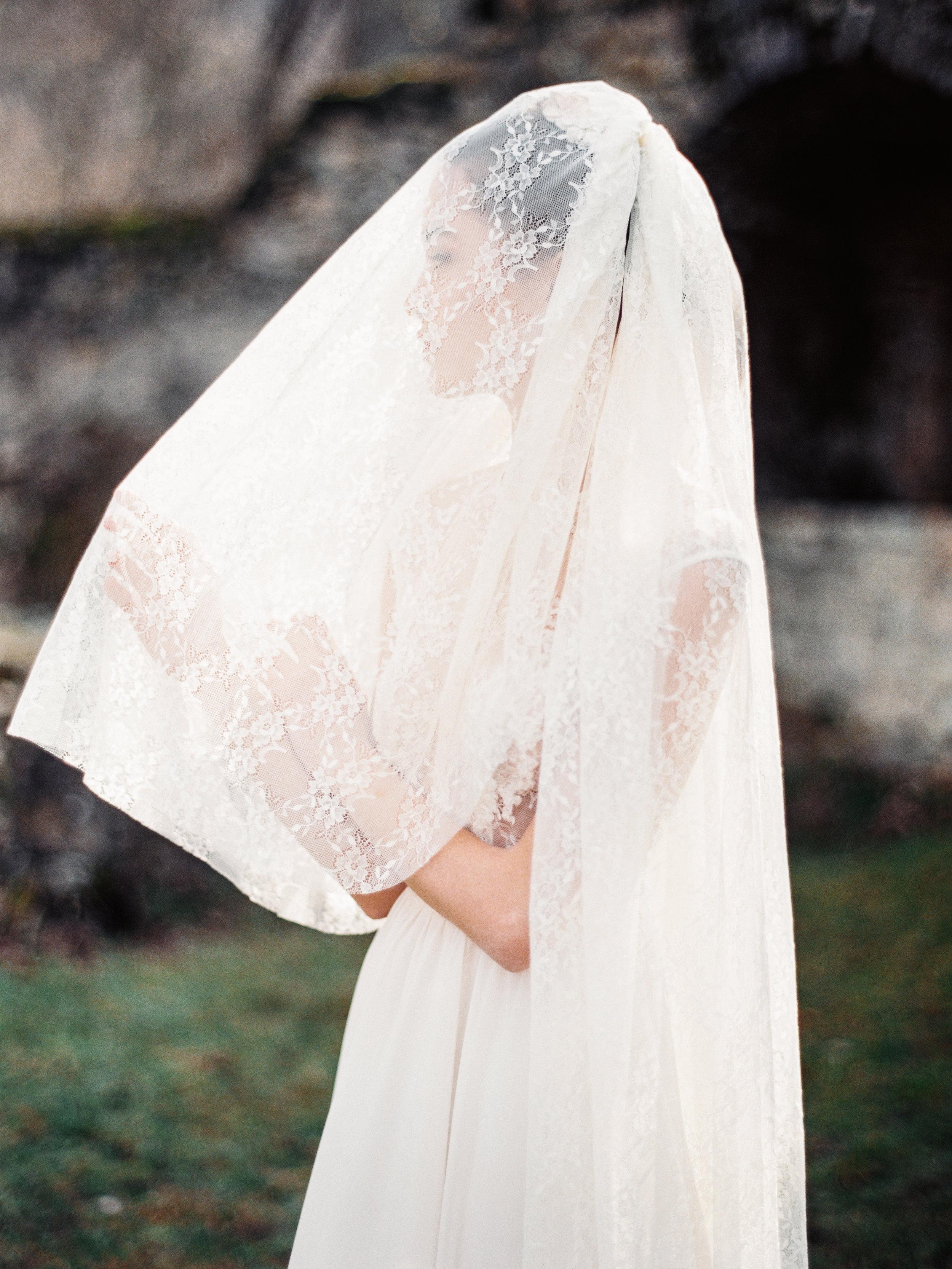 TamaraGigolaphotography,Cathytelle,royalweddingdress,kakheti-0041-6.JPG