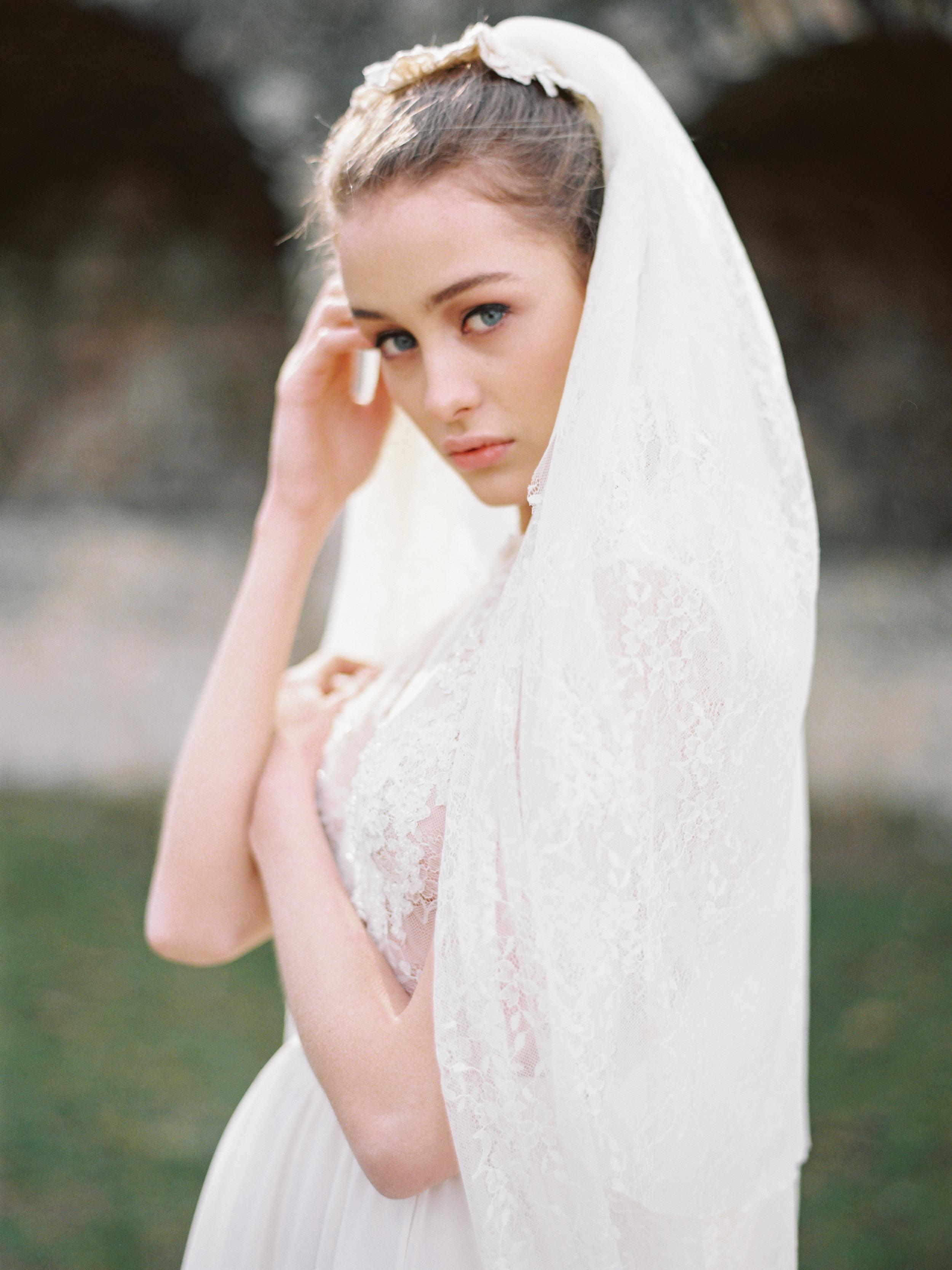 TamaraGigolaphotography,Cathytelle,royalweddingdress,kakheti-0044-5.JPG