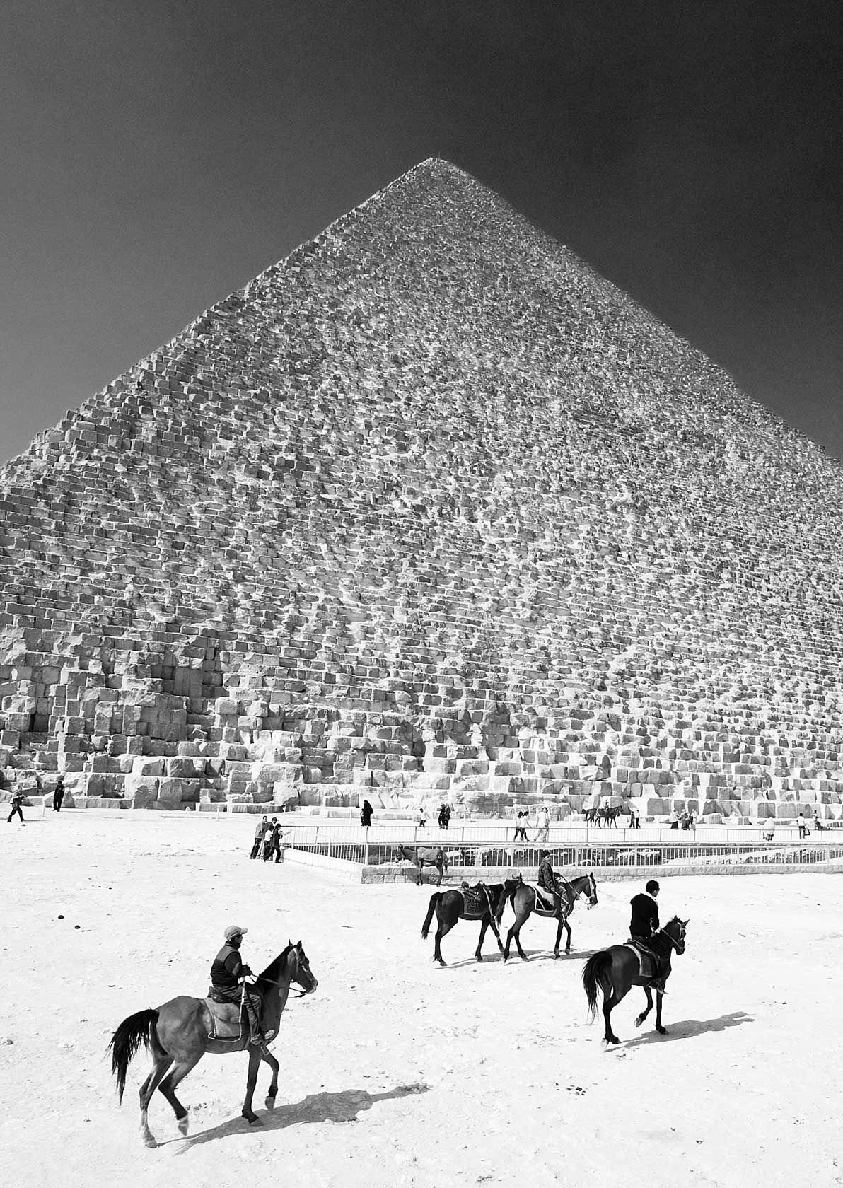 090100_DSC1460-Great-Pyramid-of-Cheops.jpg