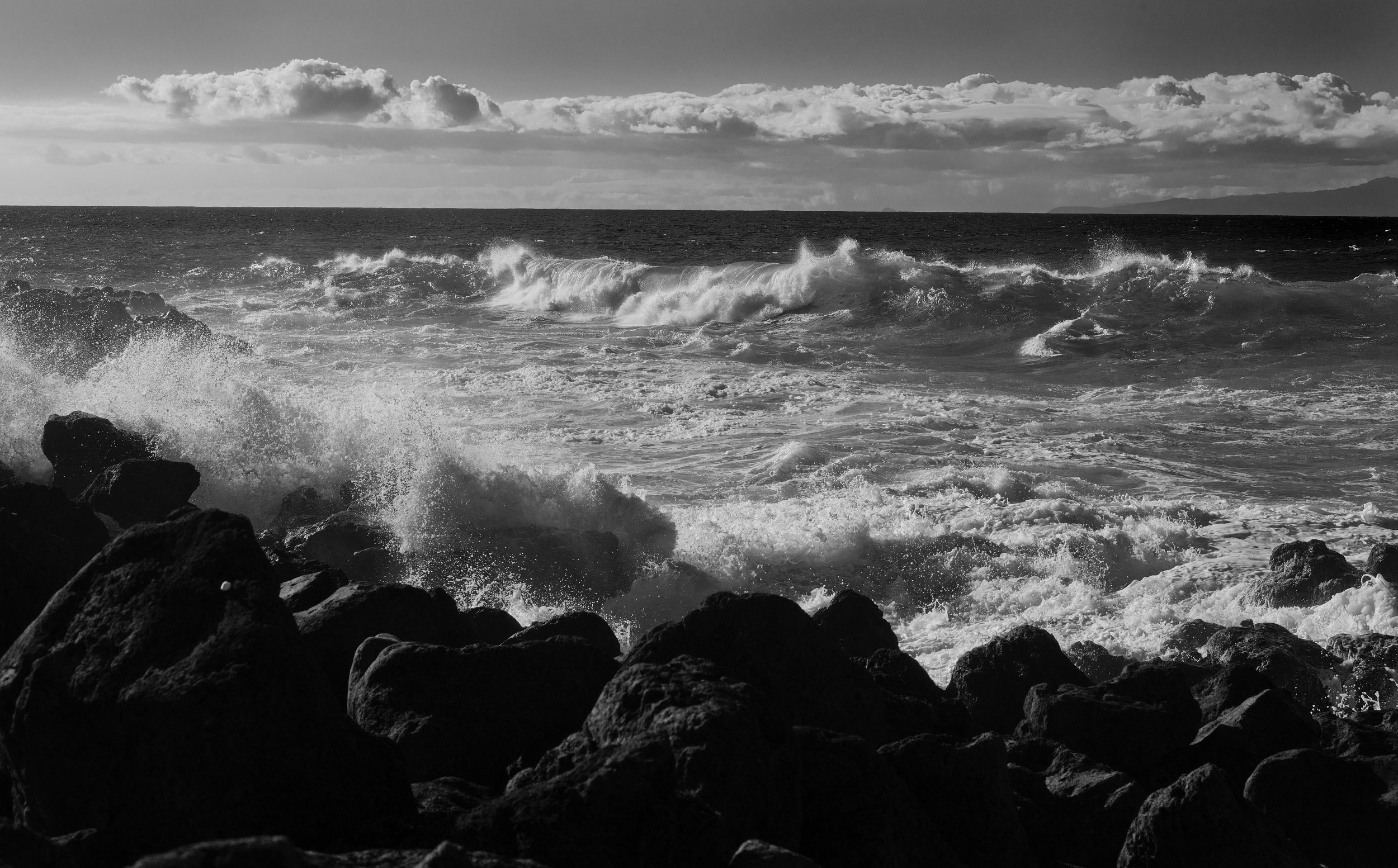 130118-West-Molokai-surf-and-Oahu-beyond_0294.jpg