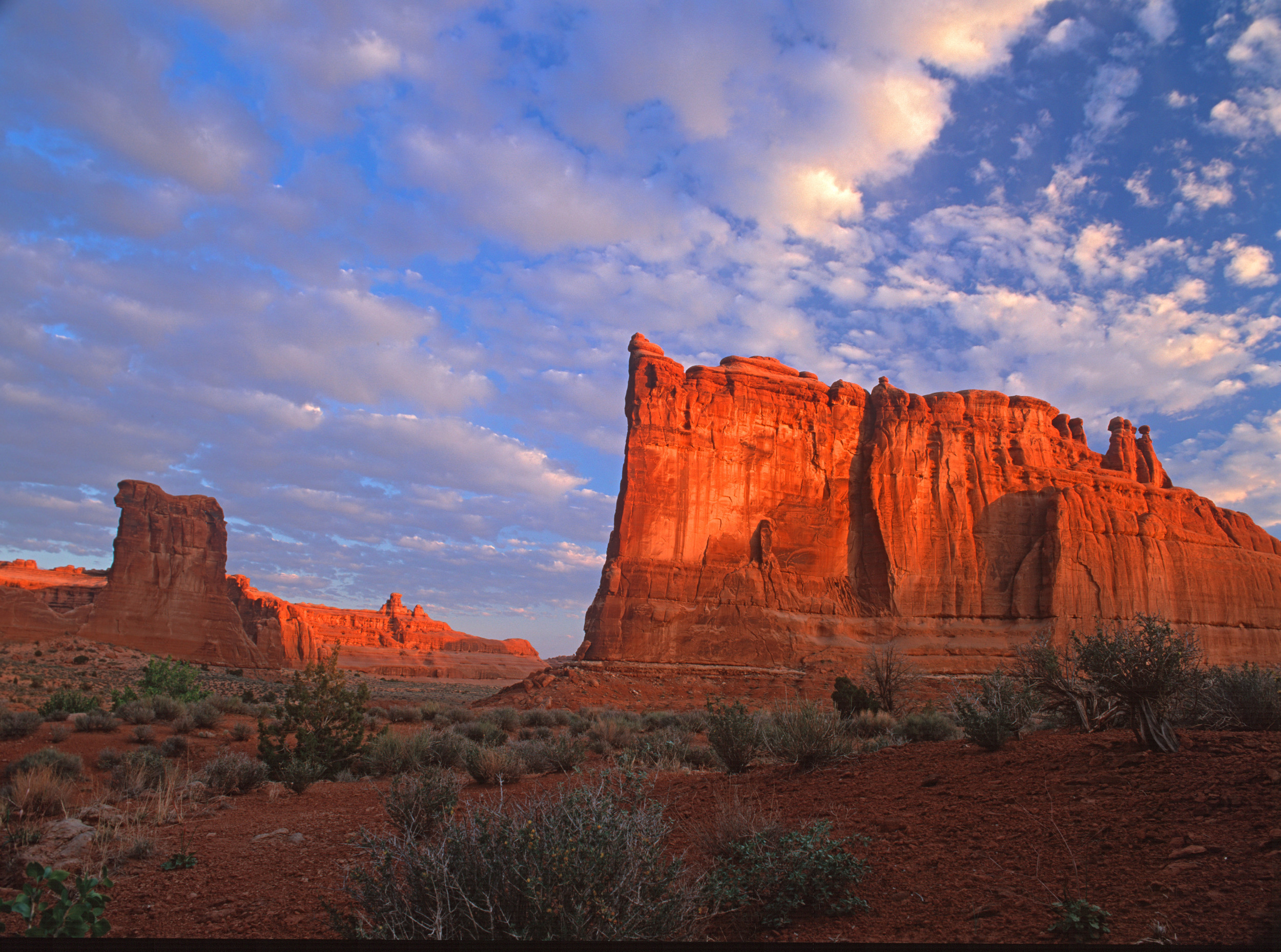 040517 Arches at Sunrise.jpg