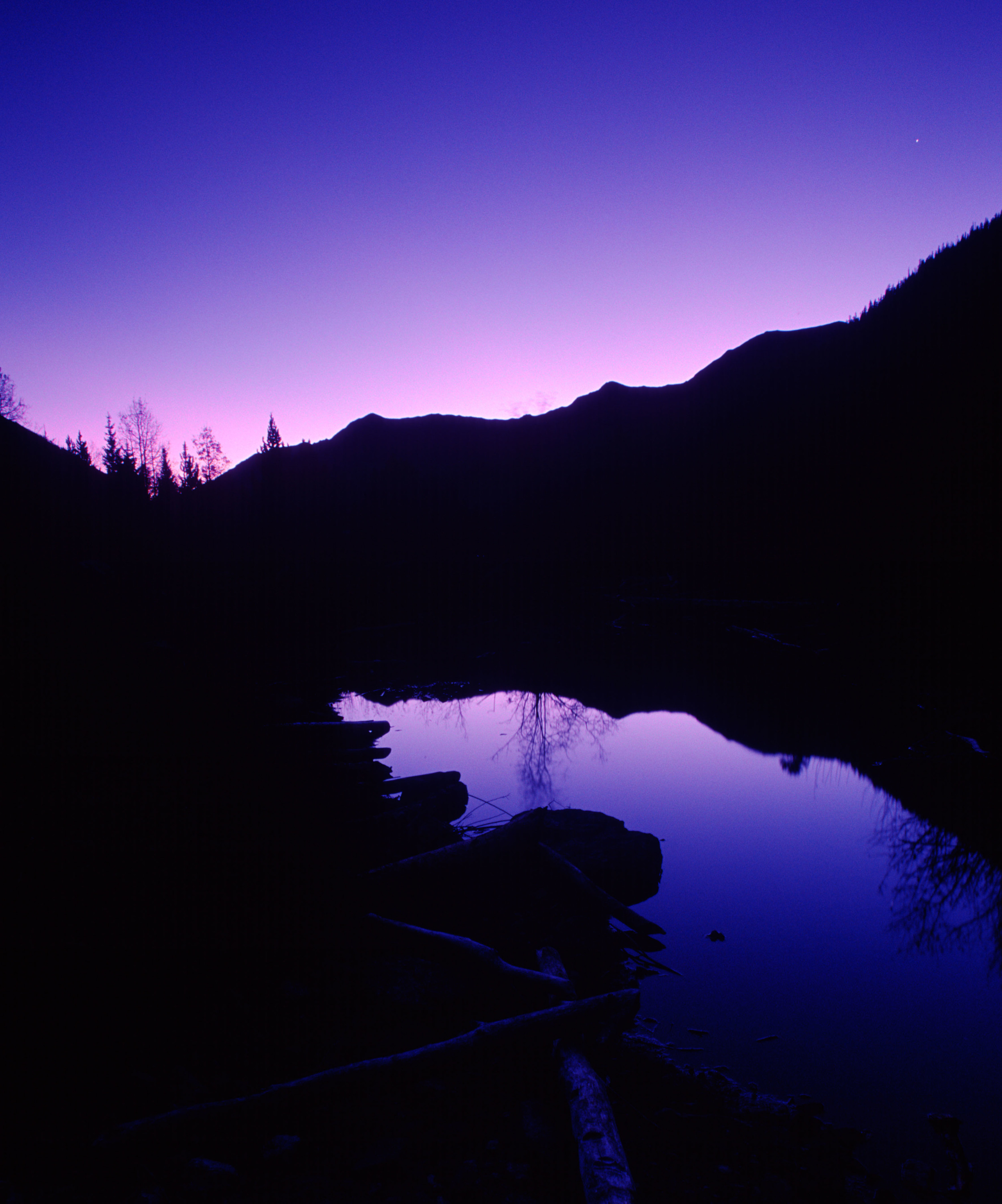 010925 Dawn at Maroon Bells.jpg