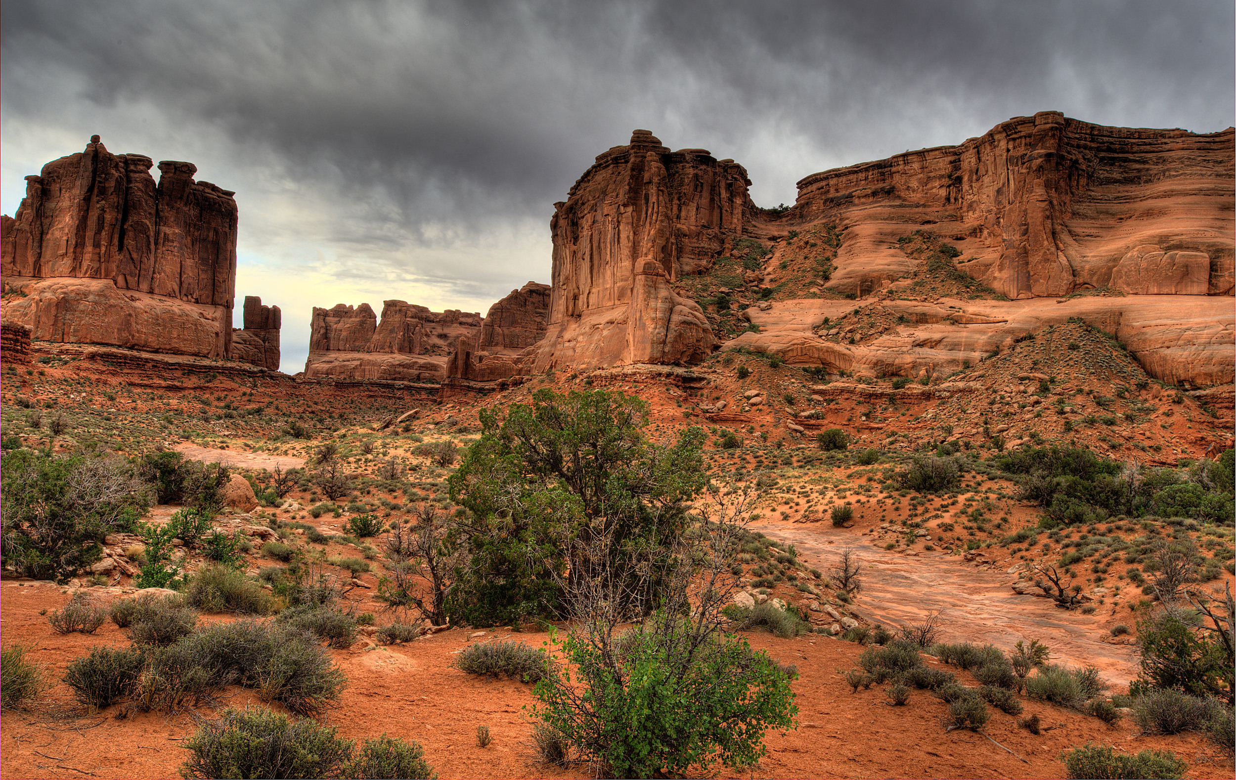 090610_0044_39_40_41_42_43 Wall Street overlook at Arches.jpg