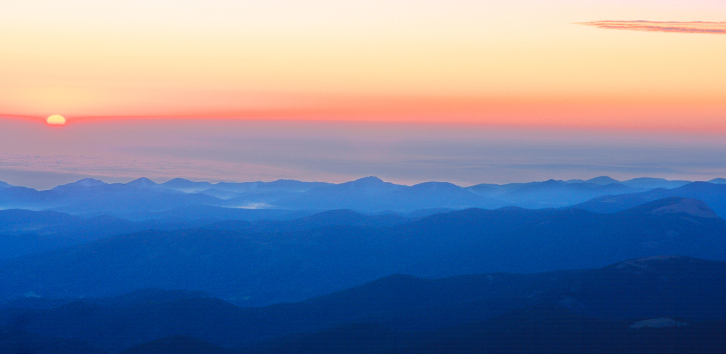 010919_Sunrise over denver from Mount Evans.jpg