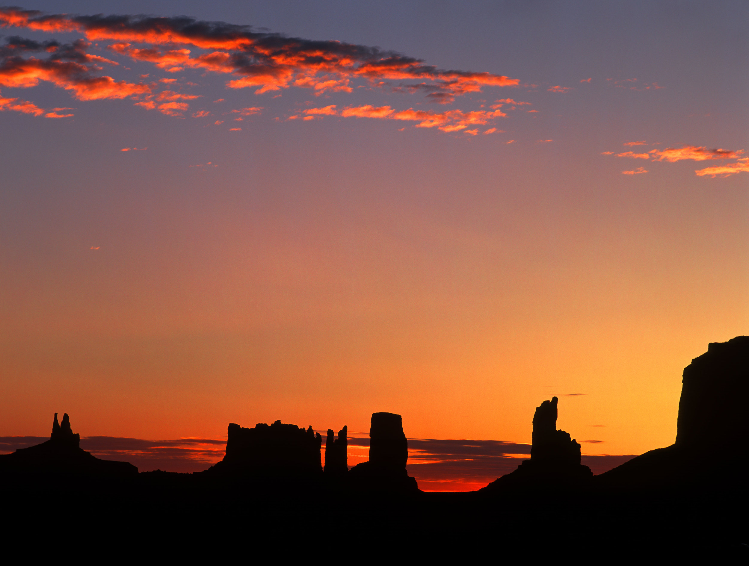 040514-Sunrise-at-Monument-Valley.jpg