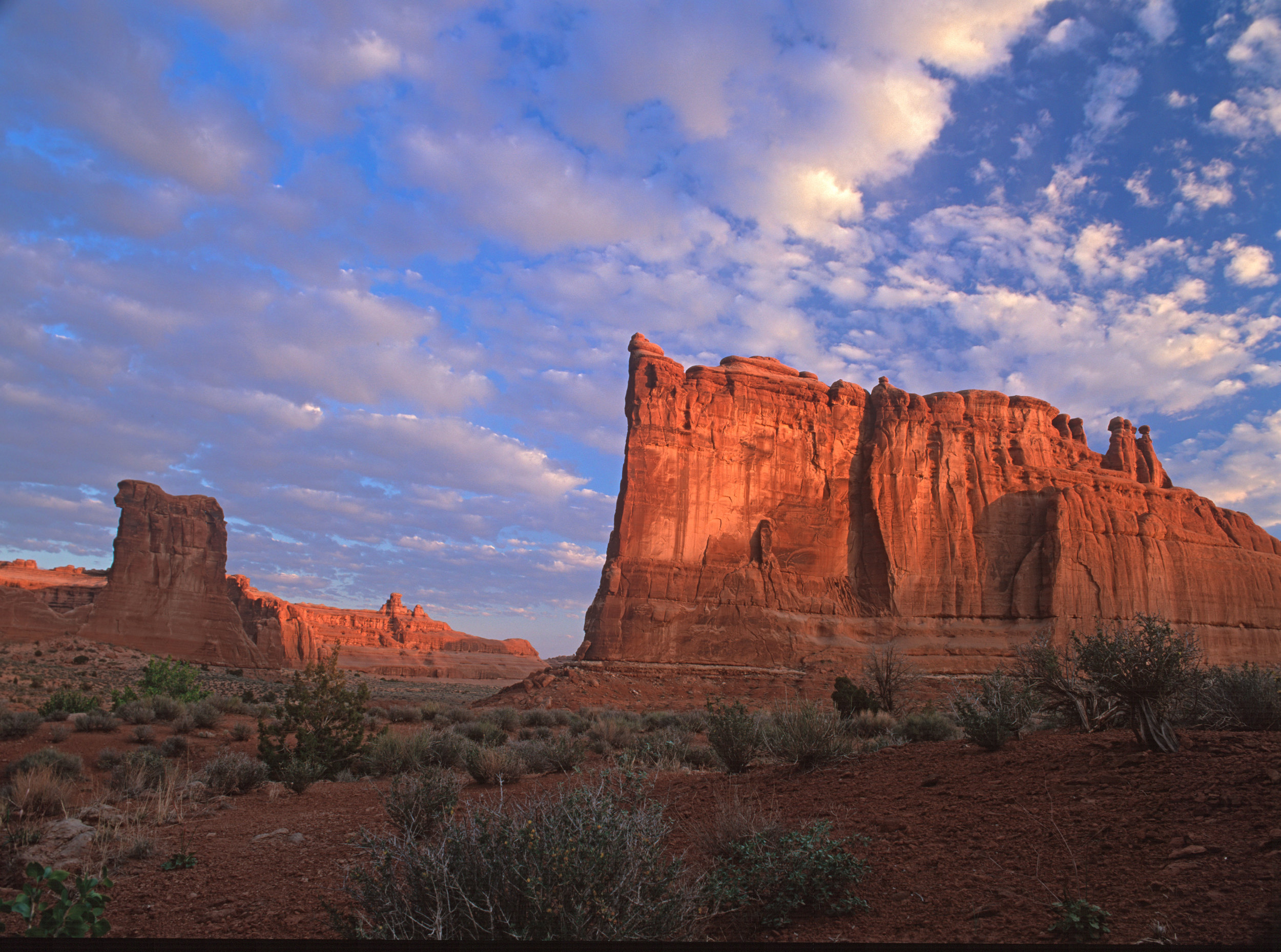 040517-Arches-at-Sunrise.jpg