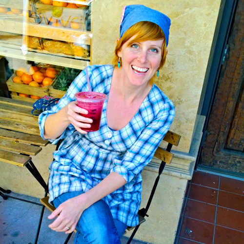 """Me, sipping on """"gin (ginger) and juice""""! Photo Credit: THE amazing, Betsy."""