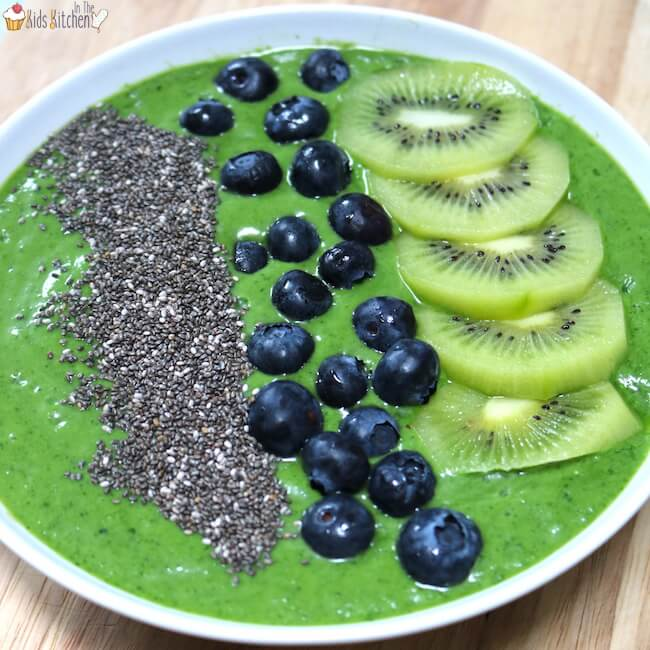 "SUPERFOOD JUNGLE GREEN SMOOTHIE BOWL     by  In the Kids Kitchen    ""A jungle green smoothie bowl is the perfect solution to get your kids filled to the brim with the goodness of greens! This tasty bowl contains a full serving of veggies plus a beneficial blend of healthy fats and proteins."""
