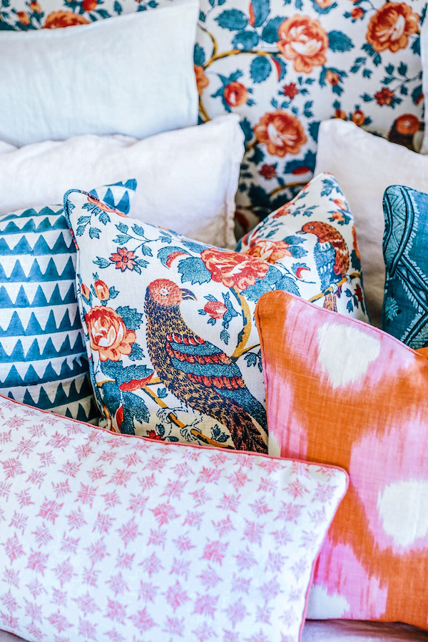 decorative pillows patterns patterned prints printed pillows