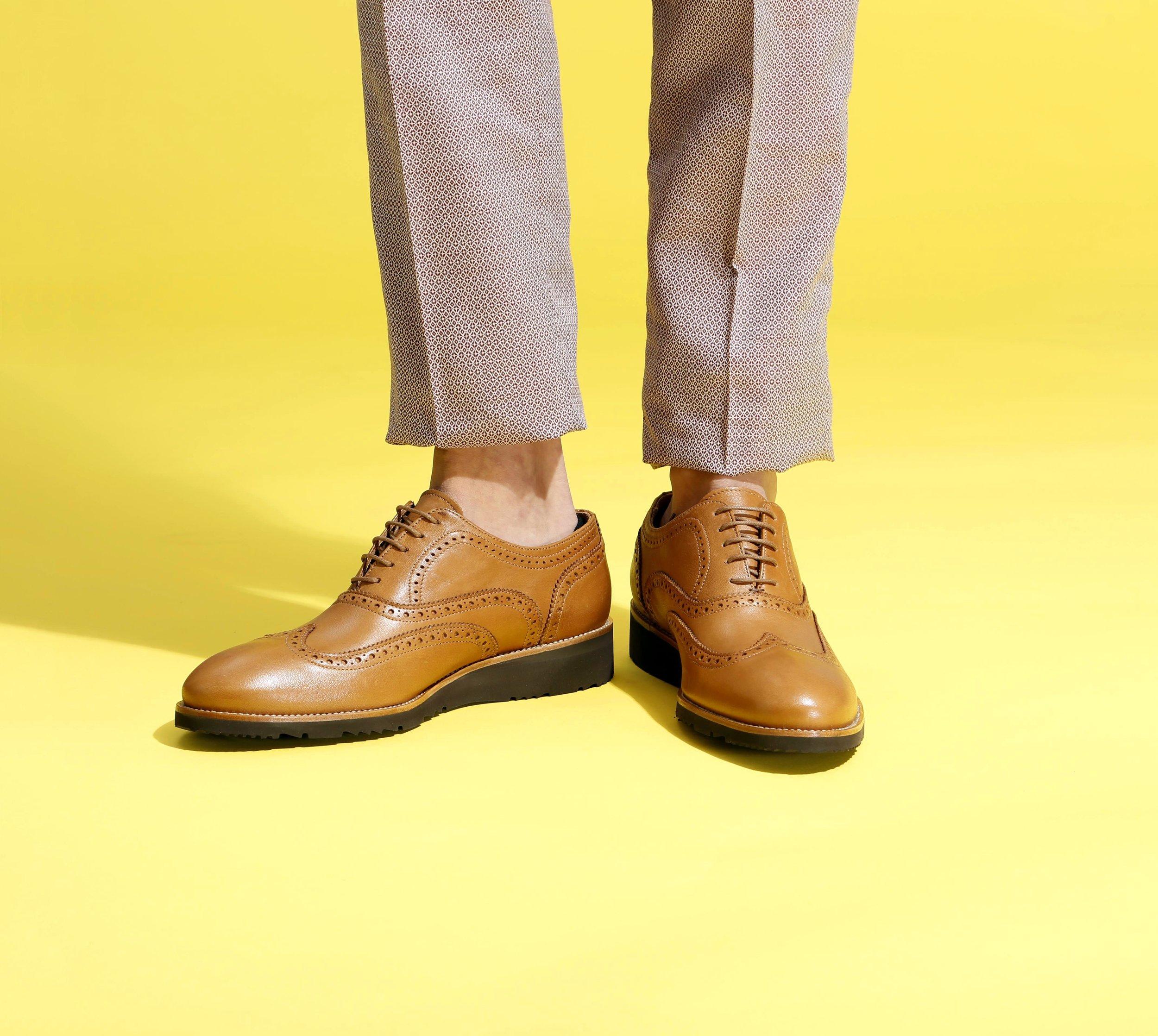 Feet_cmodel_look7_shoes2.jpg