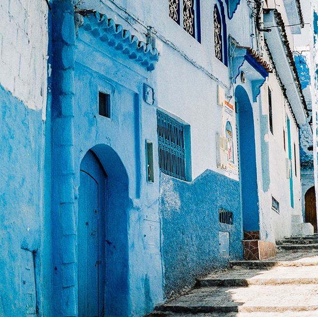 Morocco was an experience to say the least. Marrakech was too busy, and full of people that constantly harassed you for every last cent you had. Fes was a bit more welcoming thanks to a teacher who told us about the city and guided us to our hostel. Although we didn't get to experience it in the daytime.⠀ ⠀ Chefchaouen though was instant paradise. Maybe it had to do with the calming blue walls in every nook and cranny, or the incredibly nice locals, but it's a place I'll never forget. These photos don't do this place justice, but still deserve to be shared.⠀ ⠀ Chefchaouen did come to quite the (now hilarious) end when we left the city at sunrise to avoid paying an international drug smuggler. But that's a story for another time 😉