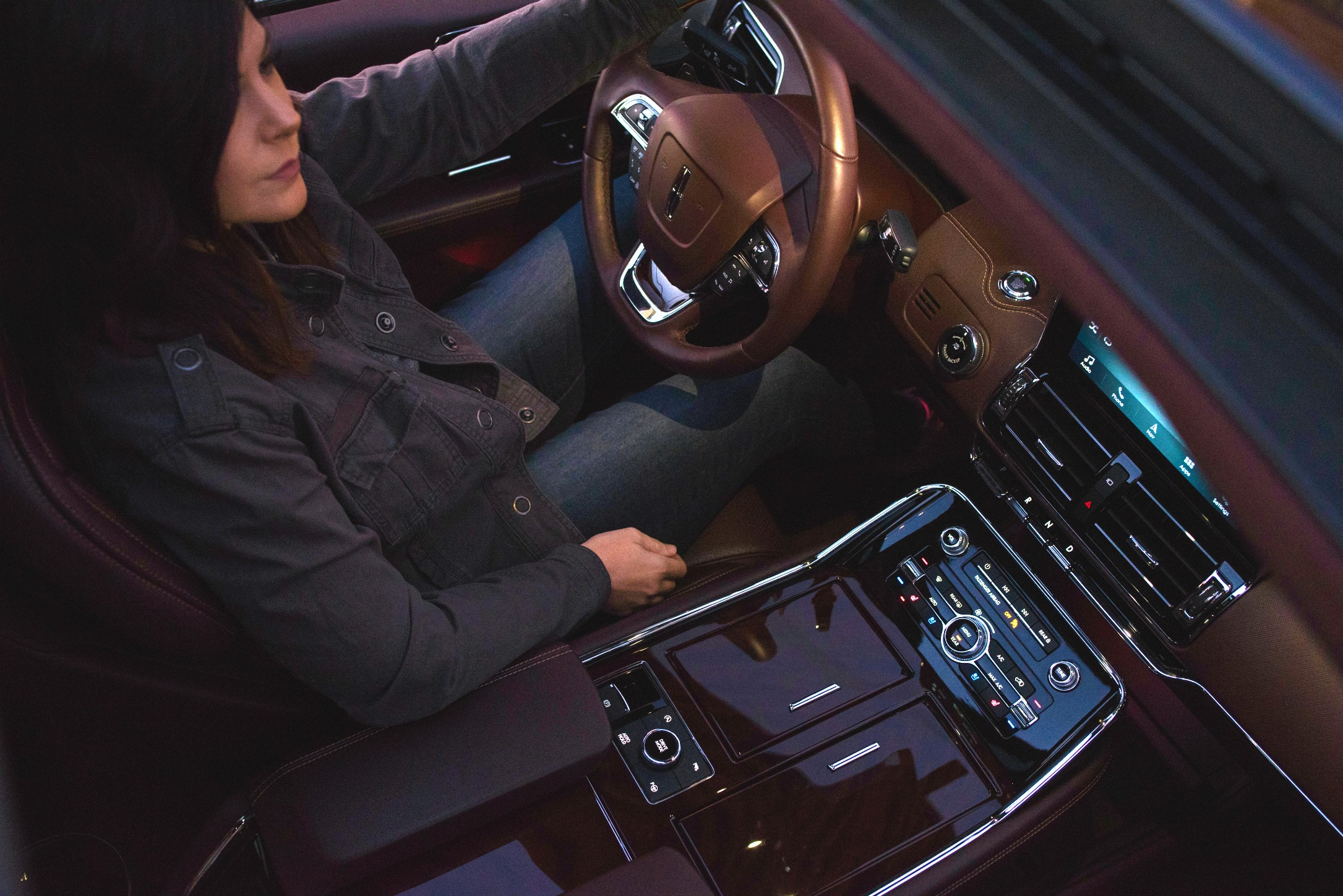 LincolnNavigator-Interior.jpg