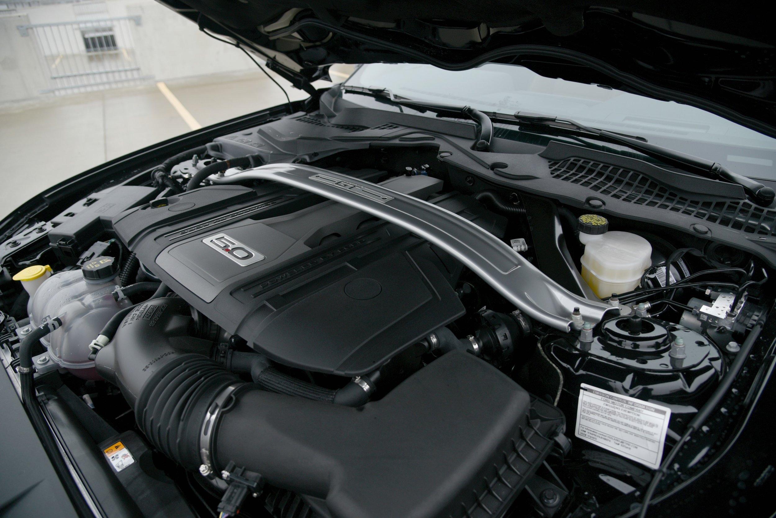 Mustang-Engine.jpg