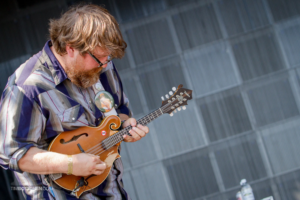 LouFest-Trampled-By-Turtles-02-4814.jpg