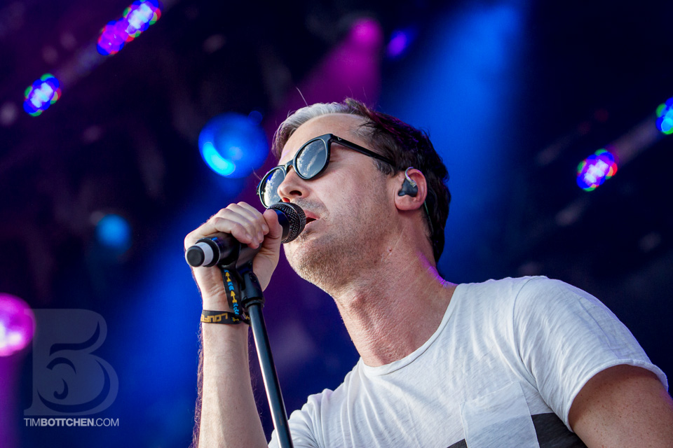 LouFest-Fitz-and-The-Tantrums-02-4972.jpg